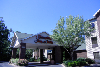 Hampton Inn and Suites Ski & Stay | Bristol Mountain | Finger Lakes