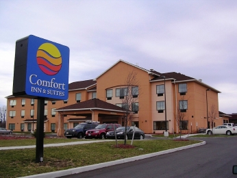 Christmas on Us at Comfort Inn in the Finger Lakes!